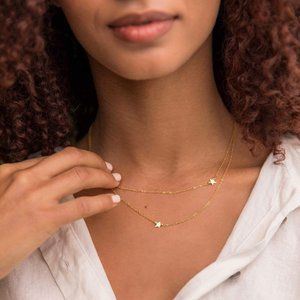 Dainty Gold Star Necklace NEW
